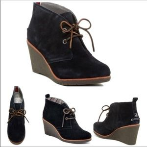 SPERRY Harlow Black Suede Wedge Ankle Boots 9.5